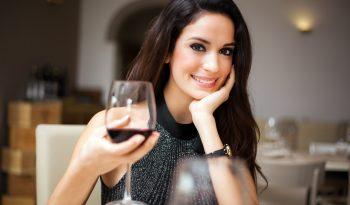 Q.I. de quem bebe vinho é mais elevado