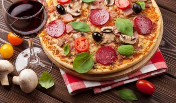 vinho-e-pizza-sebastiao-ferro